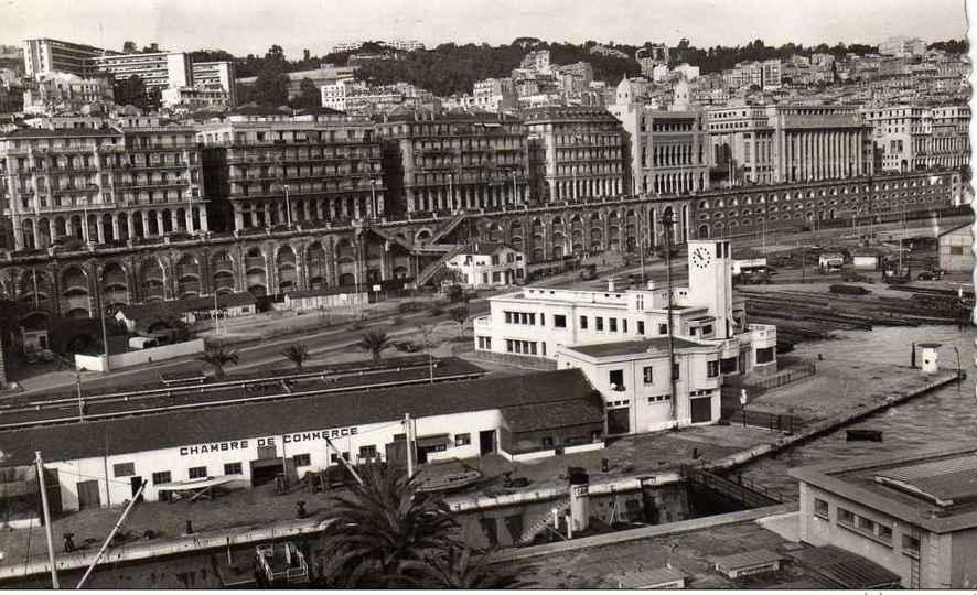 La gare maritime et le port ponton d 39 embarquement des for Chambre de commerce haitiano canadienne