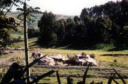 juste avant d'arriver à Tablat , au printemps 1963
